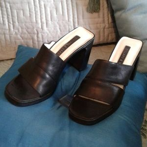 Hillard Black Leather Shoes
